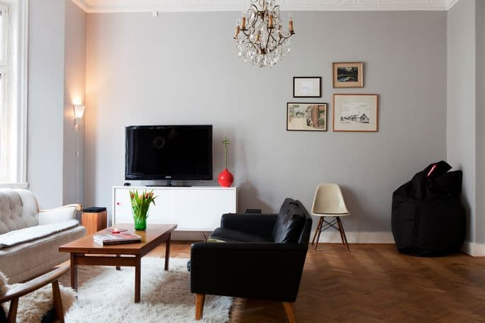 House Tour: A Mid-Century/Art-Deco/Classic house in Malm