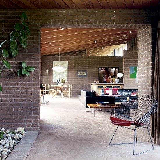 Home Decoration: A Mid-Century Inspired Bungalow