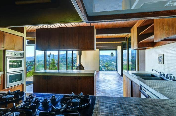 Raul F Garduno Cantilevered Mid Century Modern Home In