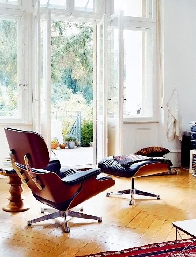 iconic chair and ottoman 1
