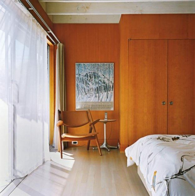 A mid century modern cabin renovation in long island for Mid century modern master bedroom