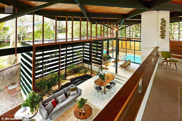 australian modernism Gerry Rippon - Wahroonga house - view from above living room