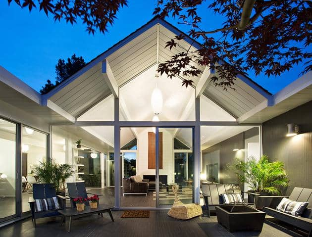 Eichler home remodel - Double Gable - klopf architecture - patio night