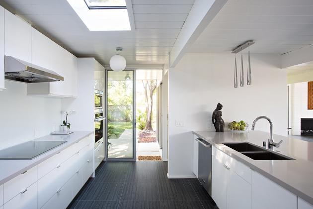 Eichler home remodel - Double Gable - klopf architecture - kitchen