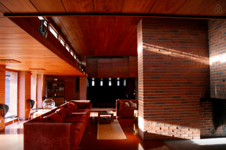 Frank lloyd wright - schwartz house - living room