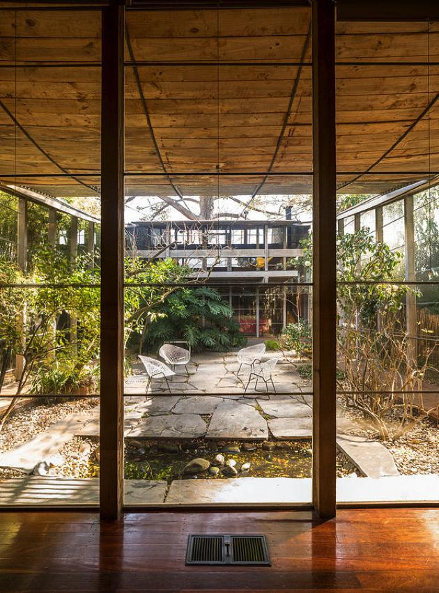 Modernism in australia the robin boyd walsh street house for Courtyard designs melbourne