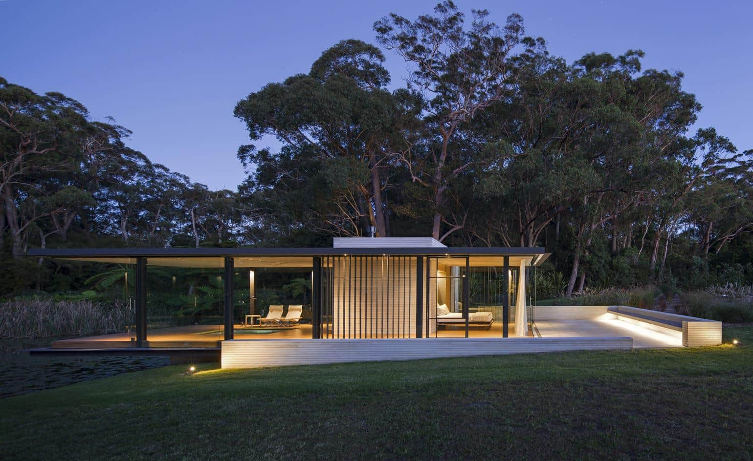 A modern glass house in australia wirra willa pavilion Pavilion style house plans