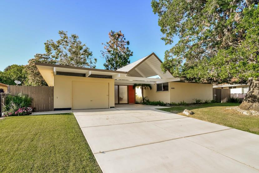 For This Eichler In Granada Hills Time Stands Still