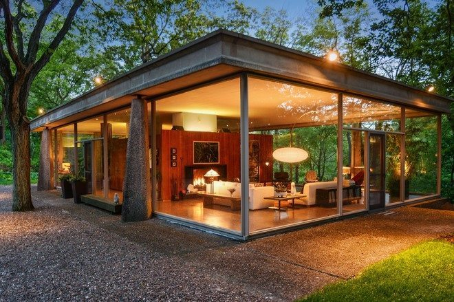 Davis Rockwell glass House - front