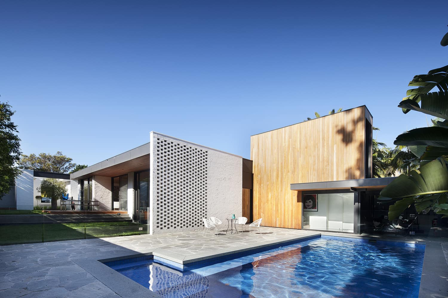 contemporary modernist architecture- Kate House -Bower Architecture`