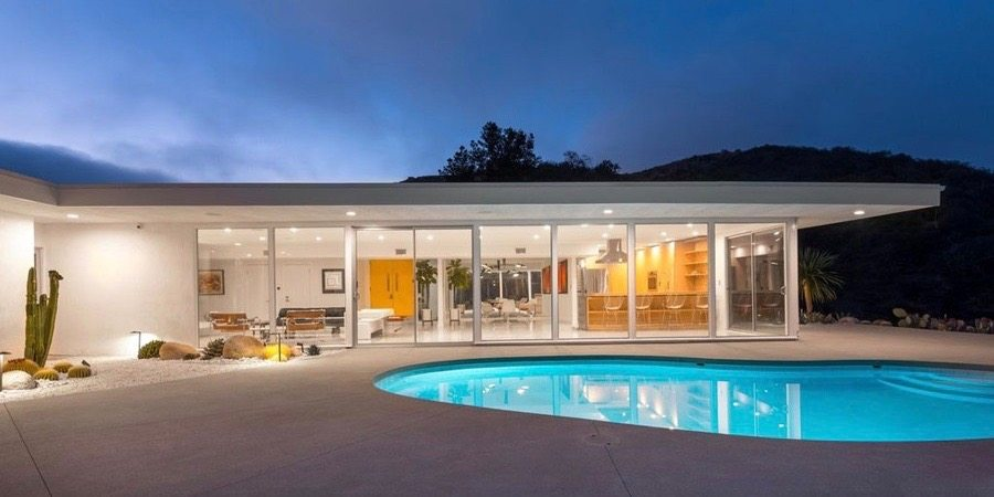 Mid-century Bel Air by Robert L Earll - exterior night pool