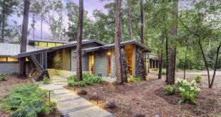 mid century houston Hollow Glen Lane
