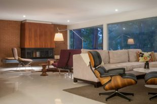 Matt Bell mid-century house in St. Louis - Living Room