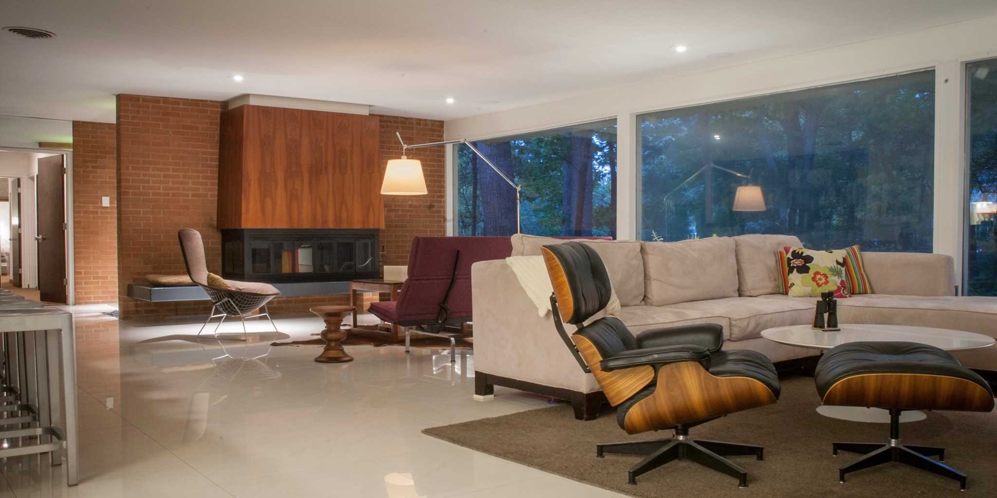 Small Garden Designs And Layouts, This Charles E King S Mid Century House Is A Declaration Of Love Mid Century Home