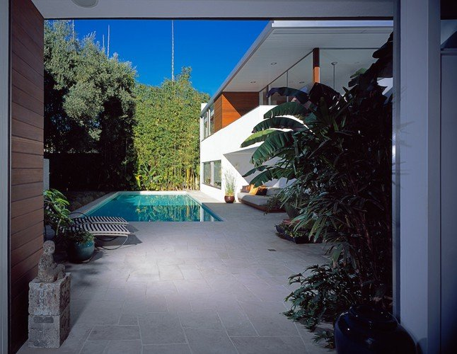 Richard Neutra Freedman Residence Exterior Daylight Pool Far