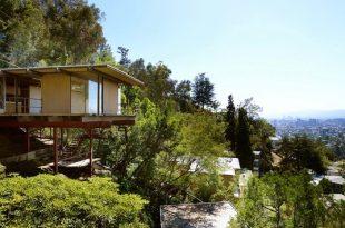raul f garduno - hillside house exterior view