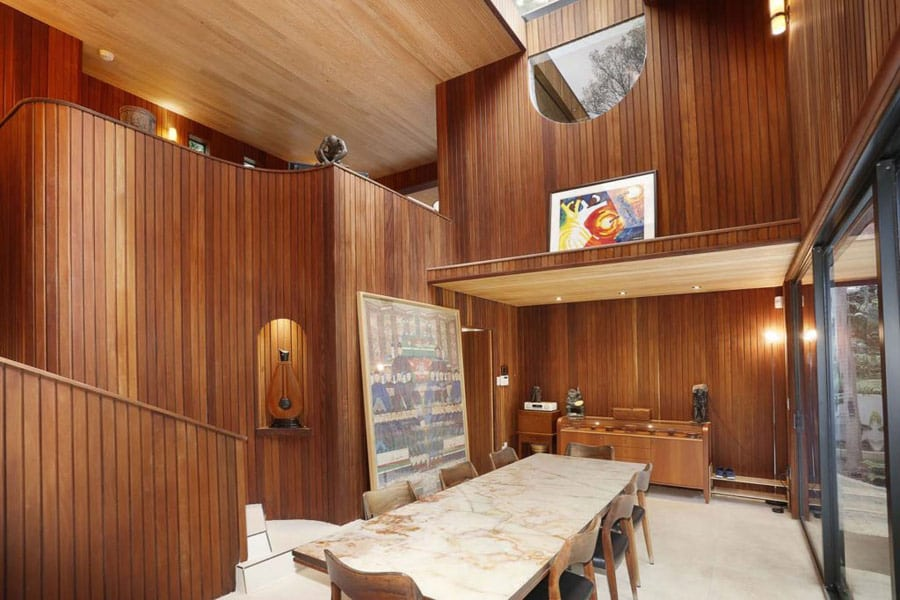 Modernist house by Alfred Browning Parker dining area