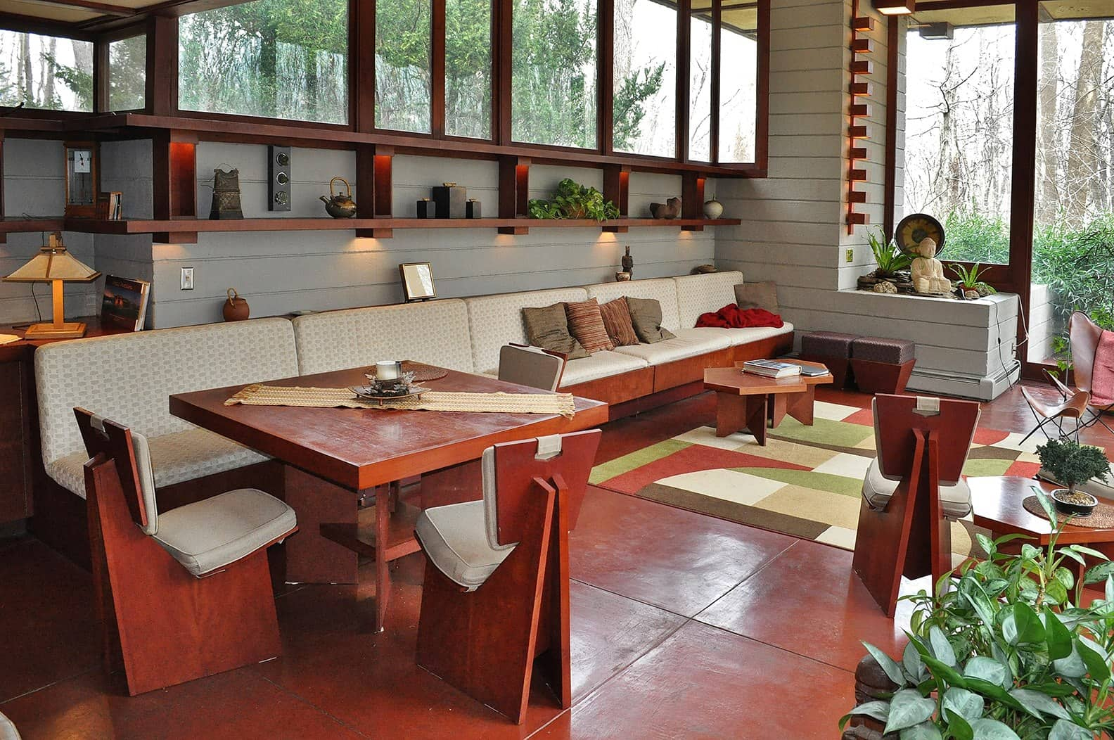 The Frank Lloyd Wright's Penfield House interior living room
