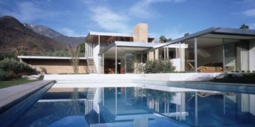 richard neutra kaufmann house pool