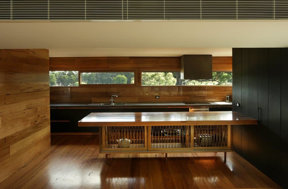 seeley architects - lauriston australian modern house - kitchen