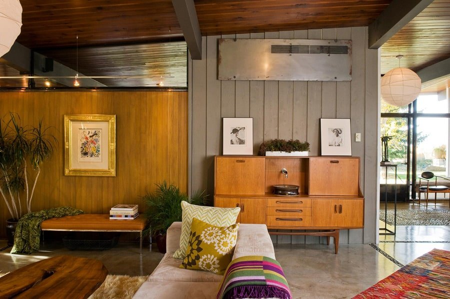 mid-century modern house renovation by Larry Pearson living room