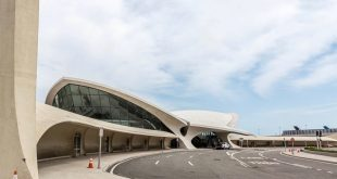architect Eero Saarinen TWA terminal