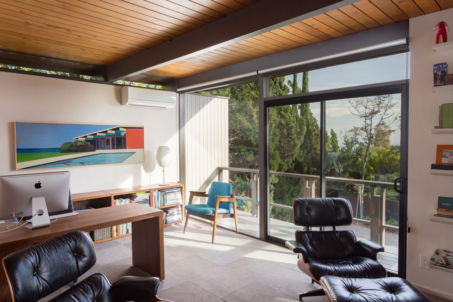 mid-century house by Thomas A. Dismukes in Pasadena studio