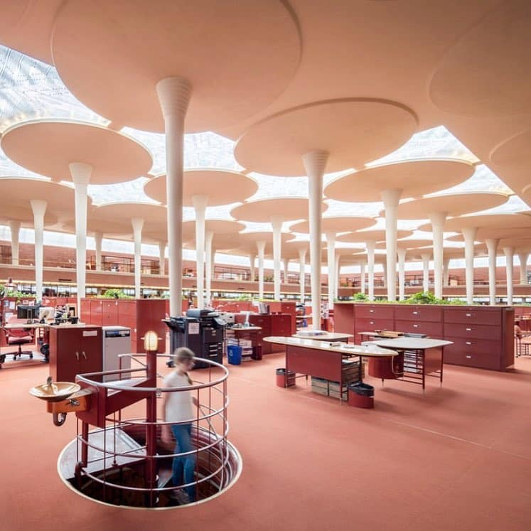 Frank Lloyd Wright SC Johnson Wax Complex - interior office