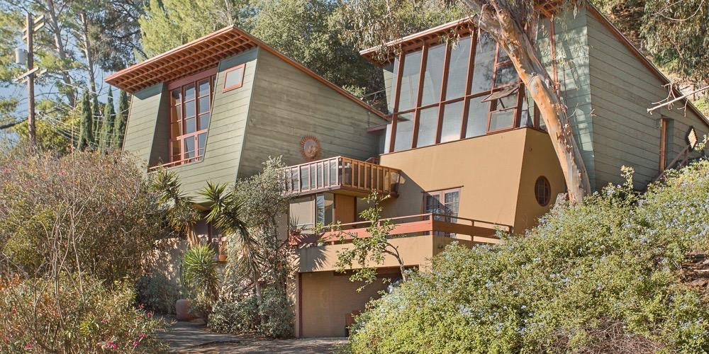 A. Quincy Jones family house Laurel Canyon house - exterior