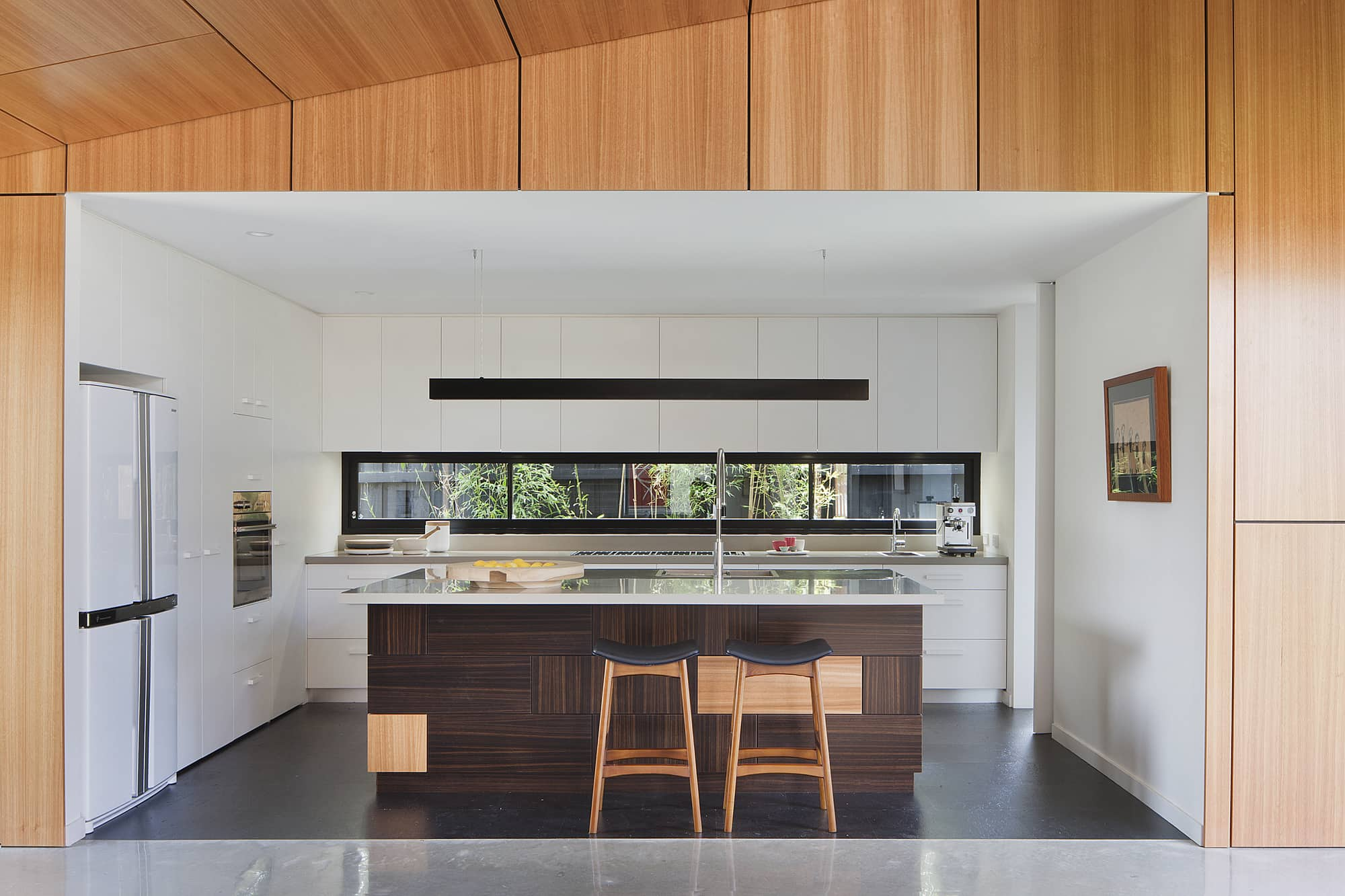modern house - Hover House - Bower Architecture - kitchen