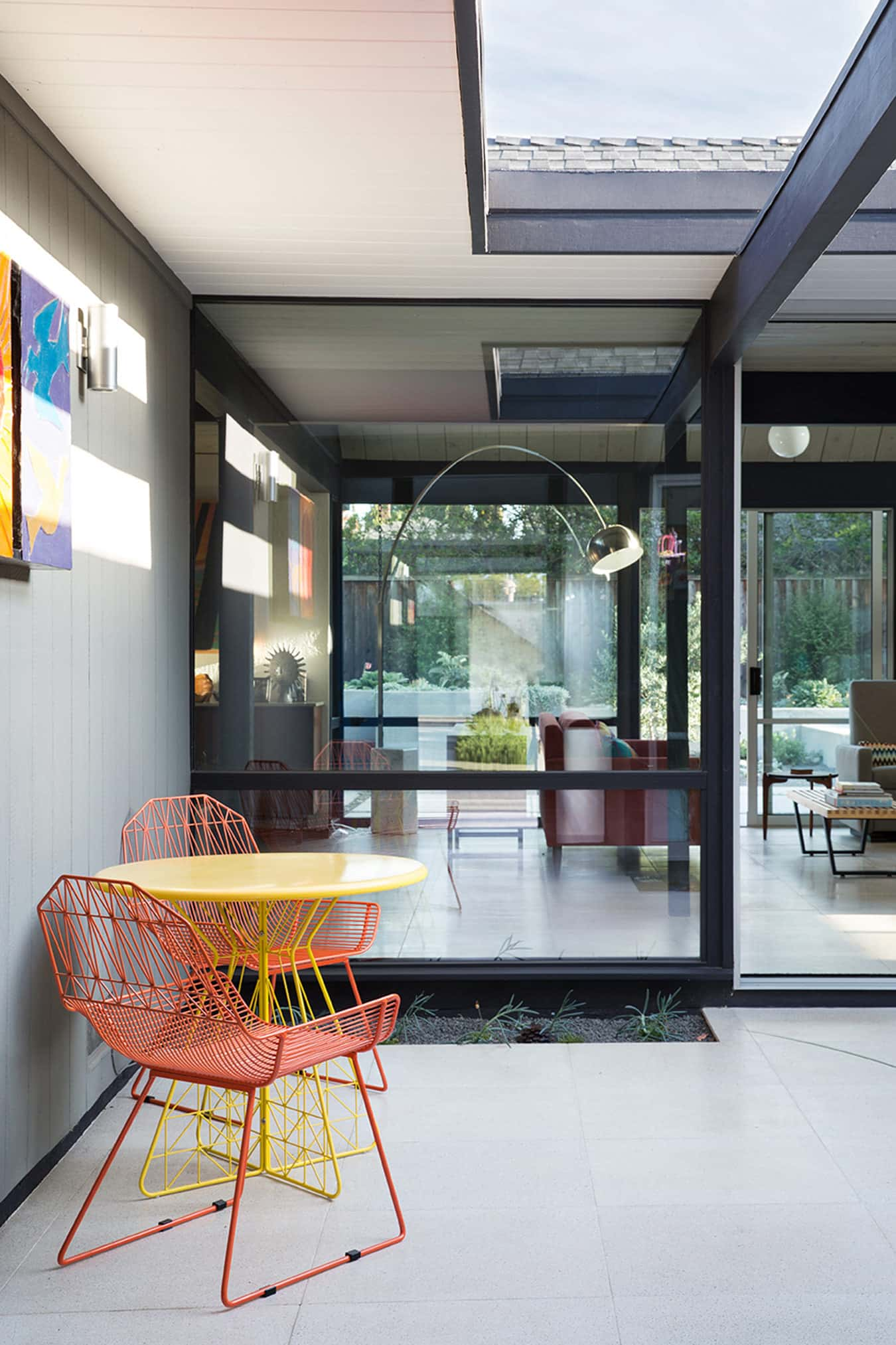 Renewed Classic Eichler by Klopf Architecture - patio
