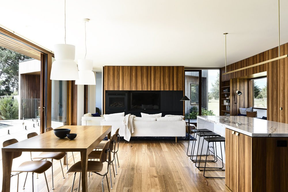 A Beachside Modern Retreat Inspired By The Best Mid