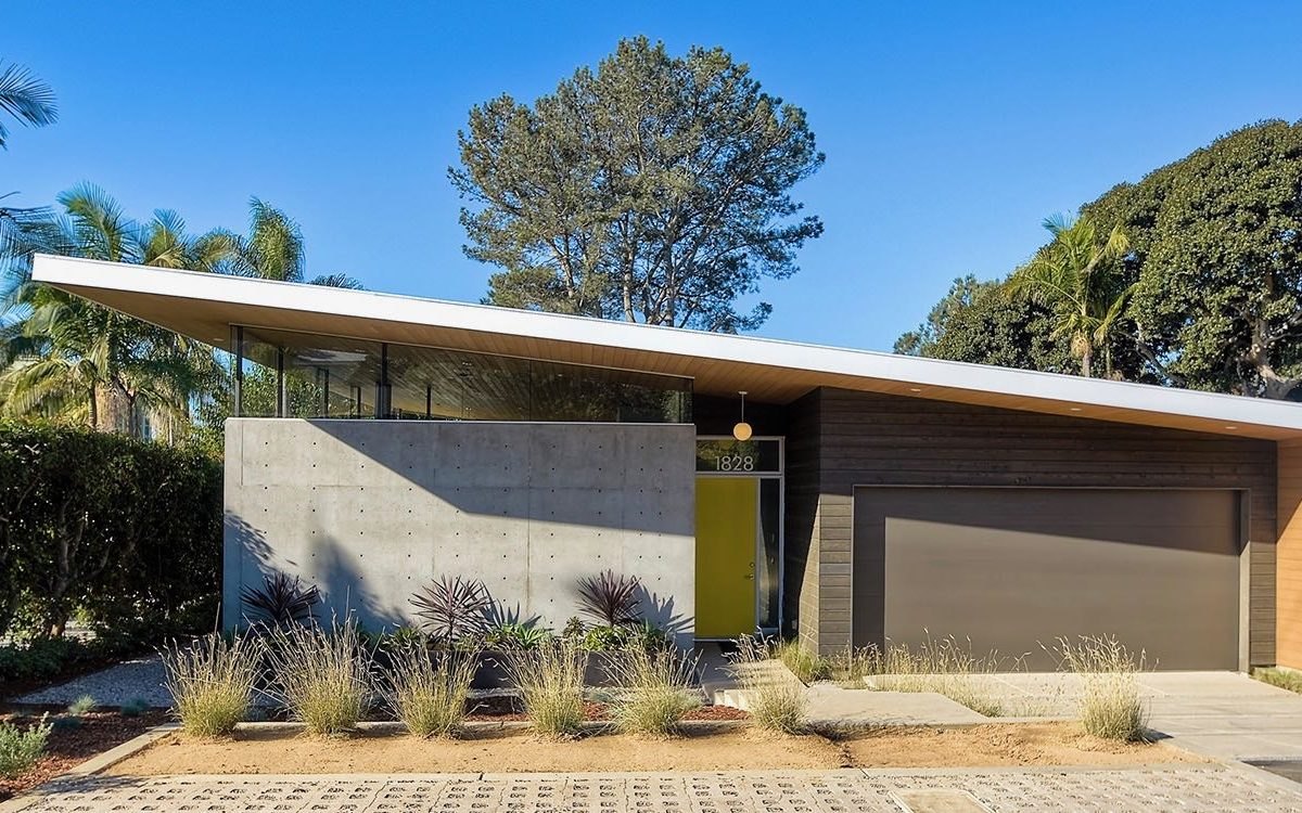 Avocado Acres House: Eichler With A Twist