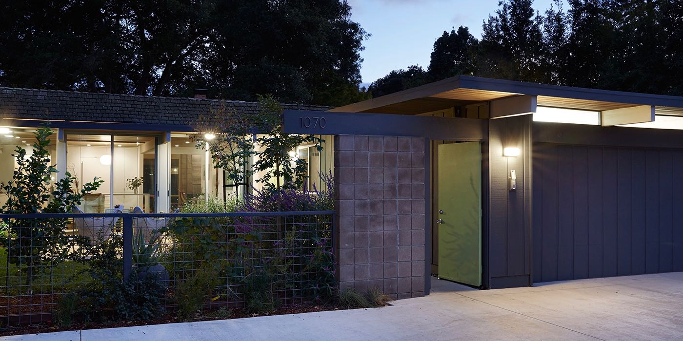 Architect Ryan Leidner 39 S Approach To An Eichler Home