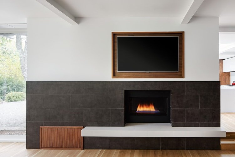 Contemporary Modernist house Glencoe Residence - Mason Miller - fire place