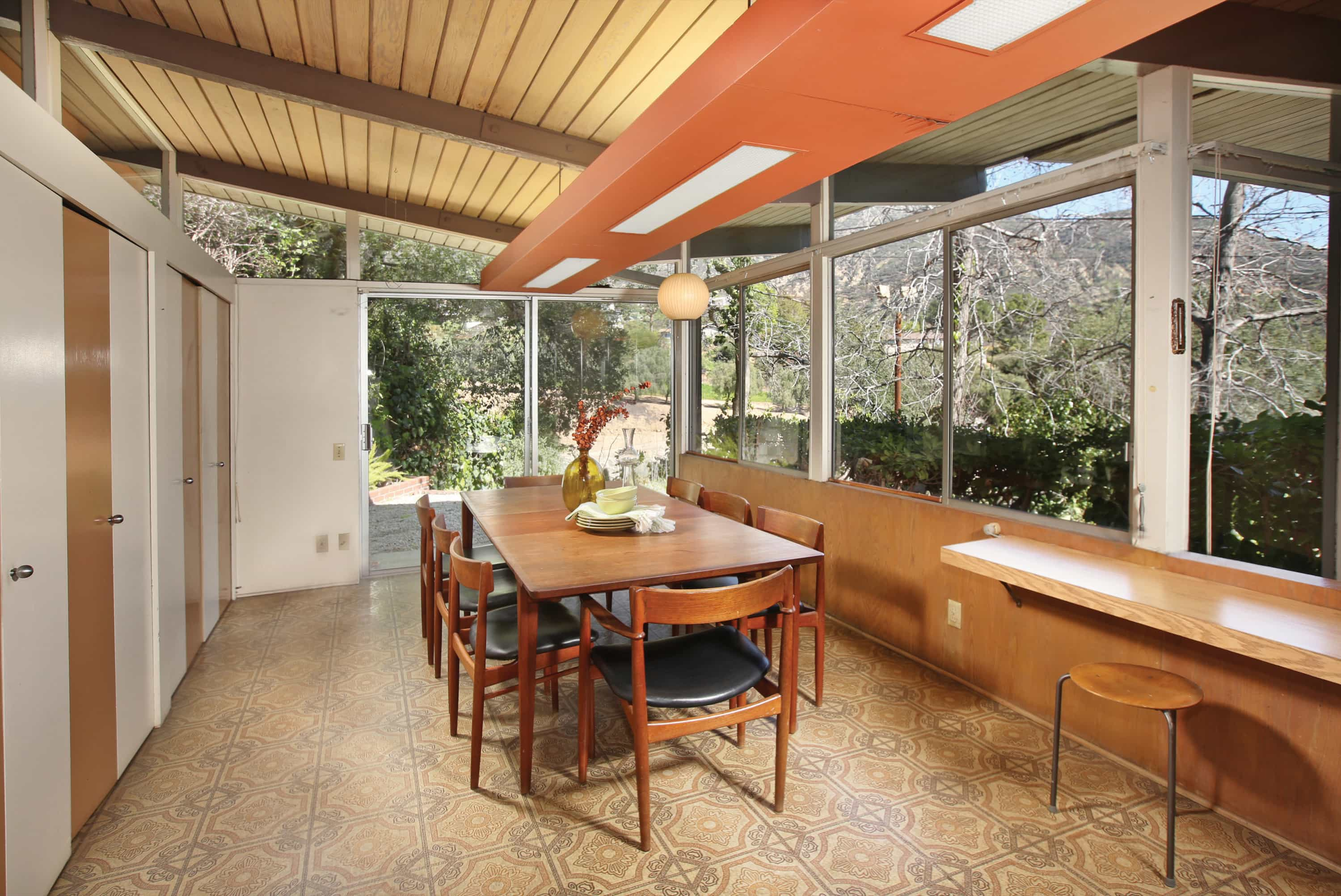 Kemper Nomland Jr mid-century House in Altadena - dining area