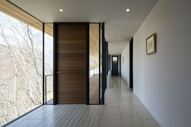 modern japanese house by Kidosaki Architects - House in Yatsugatake - corridor