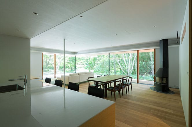 japanese modernist house - Kidosaki Architects - Yokouchi Residence - dining area
