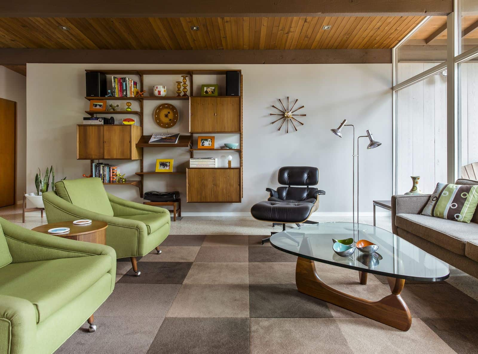 Eichler inspired Mid-Century House in Portland - living