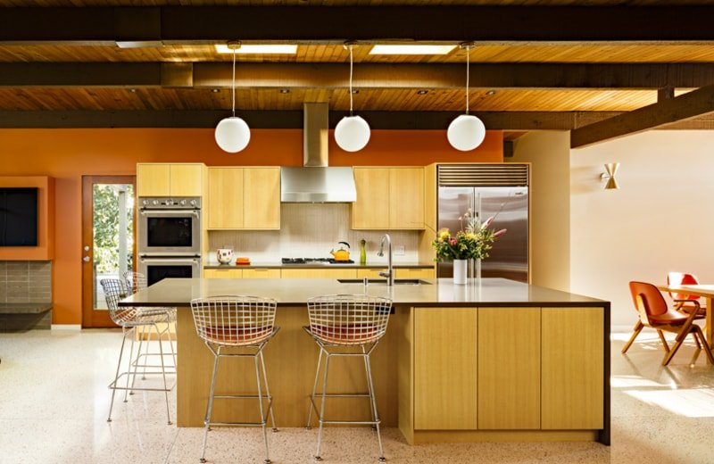 Eichler inspired Mid-Century House in Portland - kitchen