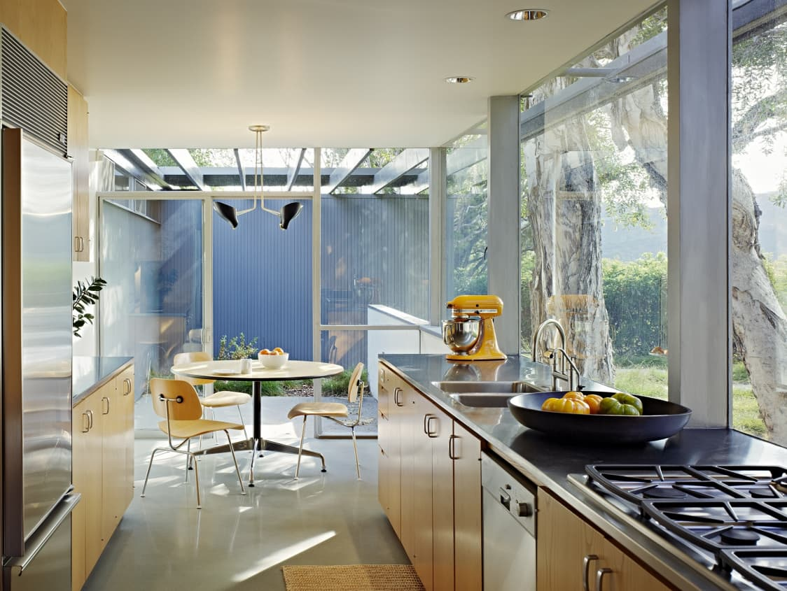 Richard Neutra Clarck House - kitchen