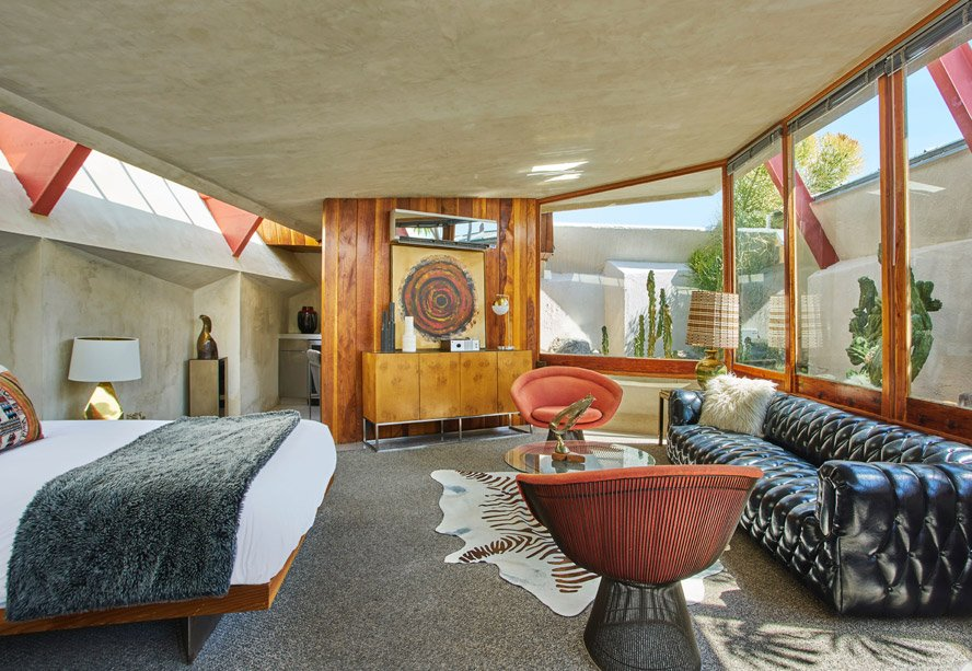 John Lautner Palm Springs desert compound bedroom