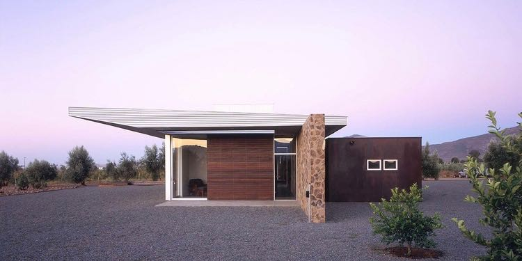 mid-century modern inspired house in Mexico