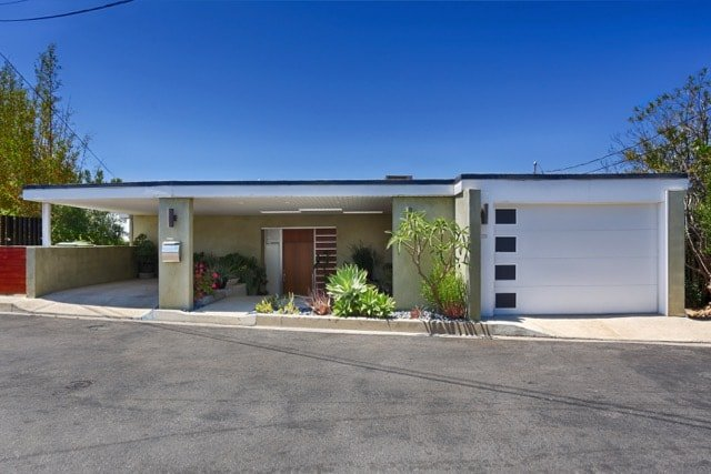 William Beckett - mid-century Platform House Beverly Hills - front