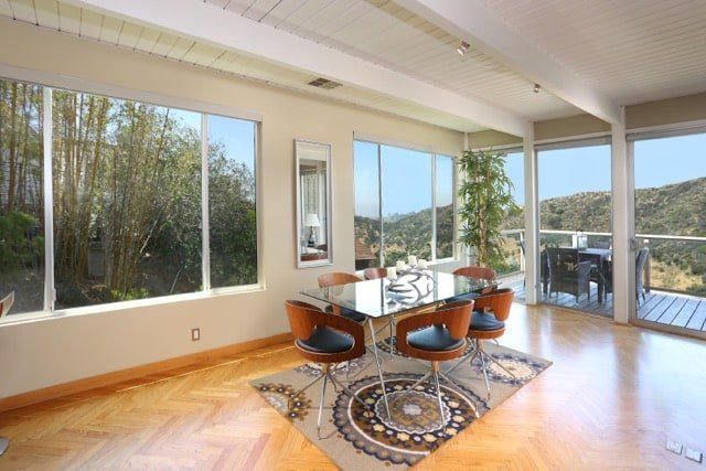 William Beckett - mid-century Platform House Beverly Hills - dining area