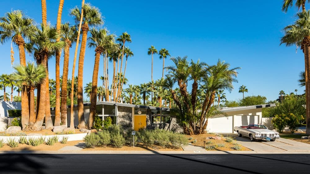 William-Krisel-in-Palm-Springs mid-century house - outside