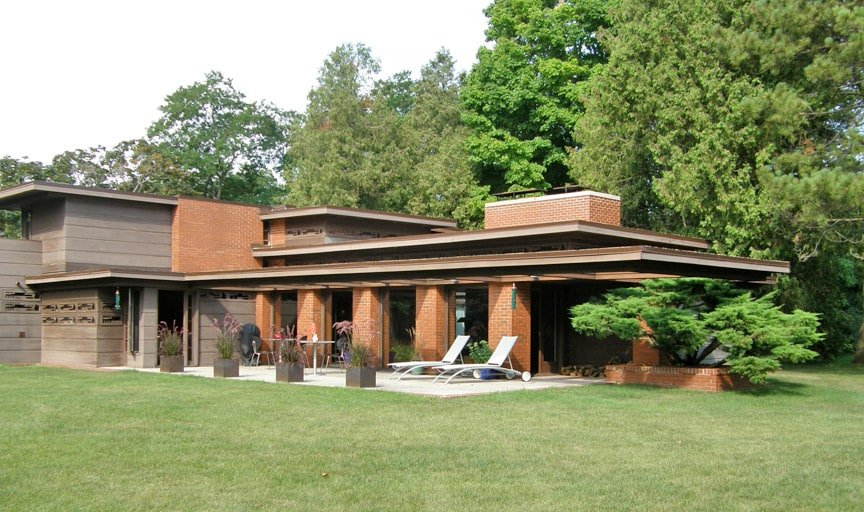Frank lloyd wright 39 s 39 dream house 39 the schwartz house for Frank lloyd wright usonian home plans