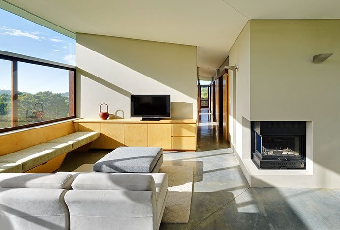contemporary house by Fergus Scott Architects living