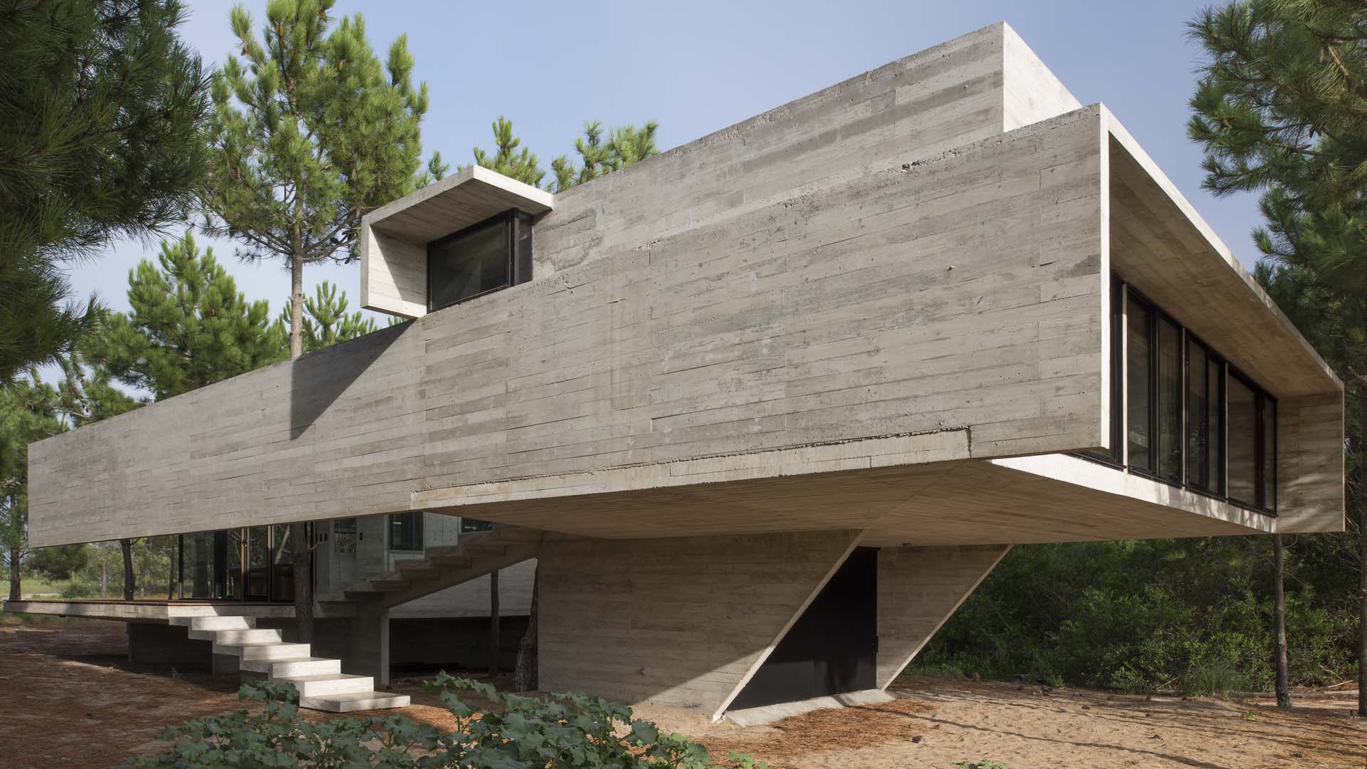 Marvel in argentina contemporary brutalist home by - What is a contemporary home ...