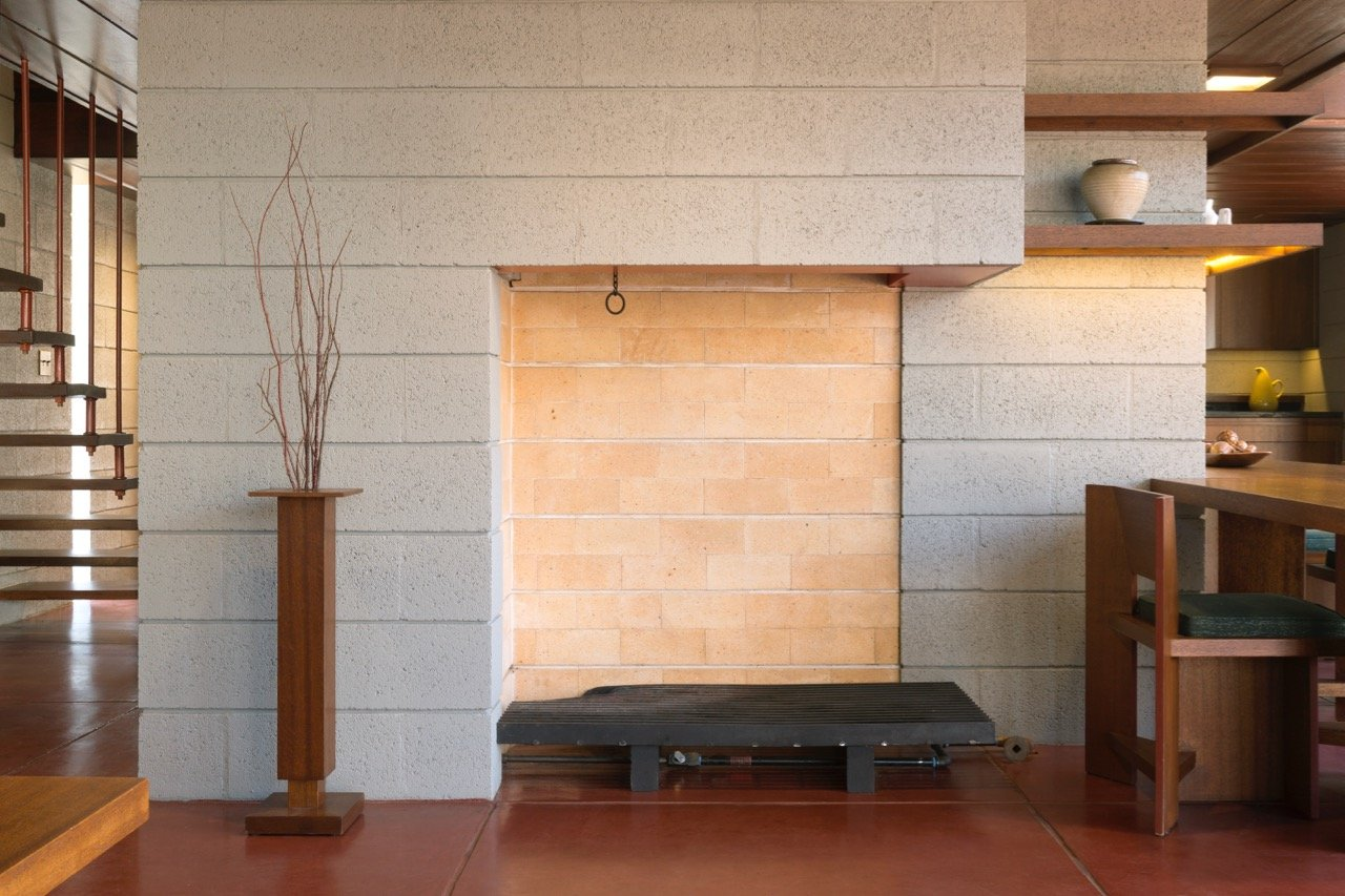 Frank Lloyd Wright - Bachman-Wilson House - fireplace